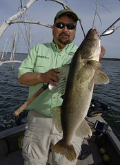 Dave Csanda with a big walleye (Dan Small Outdoors) Tags: fishing bass walleye wausau crappie northernpike rothschild patriotcenter dansmall allindner outdoorsradio lindnermedia davecsanda ronlindner centralwisconsinsportsshow