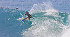 power cutback (bluewavechris) Tags: ocean sea sun motion water girl female speed turn fun hawaii surf power ride action surfer board maui spray surfboard lip thebay swell honoluabay surfergirl honolua cutback moement