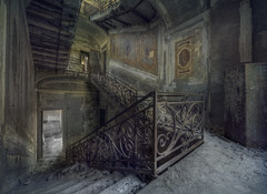 The mansion on the cliffs ( explore ) (andre govia.) Tags: urban house building abandoned strange stairs buildings photo closed photos images surrey best creepy urbanexploration trespass horror terror derelict decayed ue manorhouse urbex urbanexplorers urbexdecay missionabandoned mutely andregovia