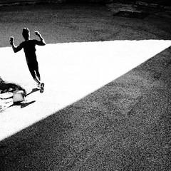 Allenamento (bebo82) Tags: light shadow blackandwhite bw pentax ombra running luce biancoenero trieste corsa sgiusto pentaxk20d pentaxk20