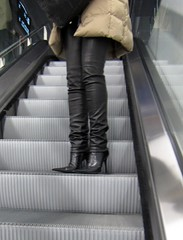 City trip: Airport (Rosina's Heels) Tags: leather high pumps boots thigh heel stiletto overknee boos