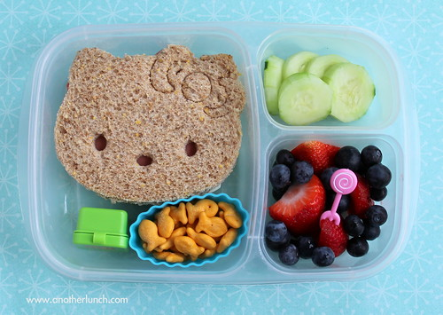 From flickr.com: Hello Kitty sandwich in EasyLunchboxes bento lunch {MID-72992}
