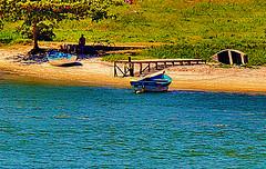 Foto-pintura - Recanto do Canal Itajurú - Cabo Frio - RJ (Valcir Siqueira) Tags: sea cute beach silhouette photography boat cool pretty sweet bonito creation criação belo silhueta photopainting fotopintura