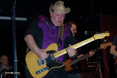 """Tim_Plays_Slide • <a style=""""font-size:0.8em;"""" href=""""http://www.flickr.com/photos/86643986@N07/8577485451/"""" target=""""_blank"""">View on Flickr</a>"""