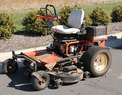 5011. Versa Pro Z Mower made by DR