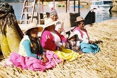 (laura_rebecca) Tags: peru 35mm filom travel culture puno lake titicaca lagos