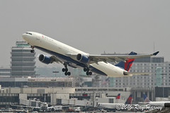 N812NW (320-ROC) Tags: delta n812nw