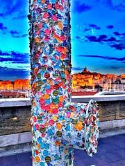Souvenir des visiteurs ... (Navis06) Tags: basiliquenotredamedelagarde marseille muse mucem autocollant tiquettes numro couleurs multicolore multicolor