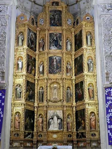 Retablo del Altar Mayor, Exconvento Dominico hoy Parroquia de Santiago Yauhuitlán, Oax.