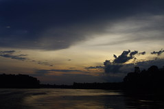 Sunset, Sungai Kinabatangan River Excursion, Day 1, Sabah, Malaysia (ARNAUD_Z_VOYAGE) Tags: kota kinabalu sabah malaysia island borneo eastern river landscape boat capital district rajang mosque house building street jesselton west state coast mount sea market color