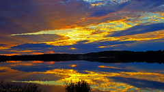 'Buena Vista' (Bob's Digital Eye) Tags: bobsdigitaleye canon canonefs1855mmf3556isll clouds flicker flickr laquintaessenza lake lakescape landscape reflections sky sunset sunsetsoverwater t3i water outdoor dusk