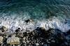 Mare, schiuma, scogli. (Turm 2) Tags: acqua mare schiuma scogli pietre riva bagnasciuga