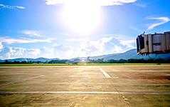Dragonair : B-xxxx Airbus A320 (Kan_Rattaphol) Tags: airplane aircraft airliner airbus a320 a320232 a320200 dragonair cnx vtcc chiangmaiairport chiangmaiinternationalairport