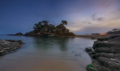 Cap Roig (Toni_pb) Tags: nikon nature nubes naturaleza neutraldensity nd nikkor142428 clouds colors catalonia cielo cloudy cala caproig d810 dawn densidadneutra rocks rocas minimalist mistico nightscape landscape longexposure led lucroit largaexposicion lucroit165holder