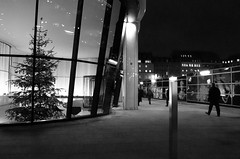 3/365 - Heading home... (Spannarama) Tags: uk people blackandwhite london pavement january officebuilding christmastree pedestrians 365 offices cannonstreet walbrook 2013