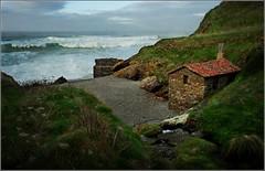 La playa del molino - El molino de la playa (Geli-L) Tags: mar asturias playa molino cudillero occidente vallina vivigo
