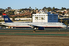 US Airways A321 (So Cal Metro) Tags: plane airplane airport san sandiego aircraft aviation jet airline airbus airliner a320 usair usairways a321 lindberghfield n553uw