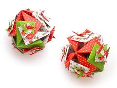 An Armadillo, Toshikazu Kawasaki, open (Aneta_a) Tags: snow collage origami kawasaki modularorigami kusudama toshikazukawasaki octahedralsymmetry
