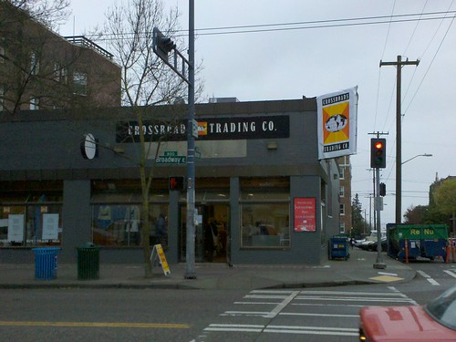 Crossroads Trading expands, takes over Broadway Grocery