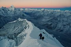 Sunrise at Imja Tse Summit (byronjyu) Tags: nepal mountain canon island mark iii peak trail 5d yu byron everest 2470l tse mk3 imja