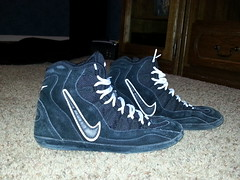 takedown supremes 10.5 8.5/10 (Bald man clean) Tags: og wrestlingshoes nikewrestling flickrandroidapp:filter=none 96supremes
