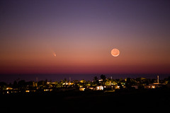 Comet PANSTARRS and the Moon (Ian Norman (Lonely Speck)) Tags: sunset moon crescent comet panstarrs flickrandroidapp:filter=miami