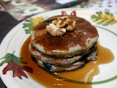 2013-03-24 - BGV Banana Bread Pancakes - 0002 (smiteme) Tags: food pancakes vegan walnuts bananas vegetarian veganism blueberries herbivore vegetarianism meatless danshannon meatfree whatveganseat annieshannon bettygoesvegan