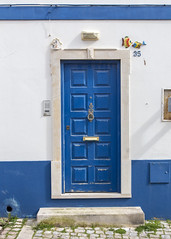 Door (Hans van der Boom) Tags: europe portugal algarve vacation holiday albufeira door wood blue pt