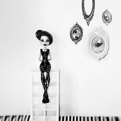peeking (teatimealchemist) Tags: elle e dee monster high doll custom ooak repaint