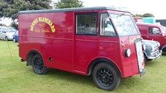 1951 Morris Commercial PV Van Reg: HBE 675 (bertie's world) Tags: lincolnshire steam rally 2016 lincoln showground 1951 morris commercial pv van reg hbe675