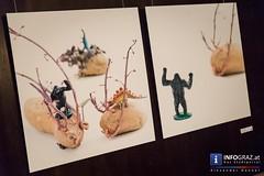 Bilder der Vernissage fremd - Knstlergruppe verhackART (info-graz) Tags: piran slovenia verhackart knstlergruppe vernissage fremd grand caf kaiserfeld andrea copony maria frodl ernst hermann gnther kubiza michaela macher ulrike rauch bianca scharler ulla sladek ivan trenev akkordeon thematisch orientierte projektausstellung individuelle auseinandersetzung unterschiedliche anstze knstlerinnen knstler fotoarbeiten quadratisches format ambivalentes verhltnis zum fremden faszinierend inspirierend bedrohliche entfernt knstlerische selbst anderen vertraut sichtbar machen fotografien bildnerische verfremdung vertraute perspektiven mazedonien erffnung