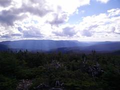 023 - Parc national de la Gaspsie : Mont Xalibu (Arfphandal Forfal Forphan) Tags: trip qubec gaspsie forest tree arbre fort nature water eau park landscape