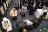 06-25-2016 Divine Service (Atlanta Berean Church - photos.atlantaberean.com) Tags: communion kneeling praying