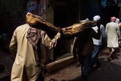 At Varanasi (Akilan T) Tags: sigmaart sigma canon5dmk3 canon akilanphotography akilan carry manikarnikaghat burningghat wood log india northindia uttarpradesh varanasi chennaiweekendclickers cwc