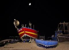 angry prows (dwarfphotos) Tags: roma torvajanica barche pruearrabbiate luna notte allaperto lowlight longshot nikon d5200 1855