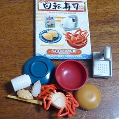 Box 2 of Petit Sushi Go Round Re-ment set (lyndell23) Tags: rement sushi miniature miniaturefood playfood