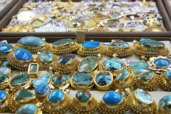 Turquoise jewelries at Egyptian Bazaar, Istanbul, Turkey イスタンブール、エジプシャンバザールにて (travelingmipo) Tags: travel turkey photo market spice istanbul egyptian bazaar 旅行 oldcity 市場 写真 トルコ イスタンブール イスタンブル 旧市街 バザール エジプシャン