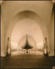 viking ship musem. (csant) Tags: blackandwhite bw film oslo architecture 8x10 lith largeformat lithprint verito vikingshipmuseum fomapan100 wollensak fomapan deardorff tanol fomatonemgclassic arnsteinarneberg deardorff8x10 moerschphotochemie tanol11100 wollensakverito