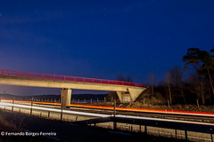 A ponte/Die Brcke/The bridge (fbferreira) Tags: bridge blue red sky rot azul night zeiss ponte vermelho noite blau brcke ze nachthimmel canon5dmkii distagont2821 mygearandme mygearandmepremium