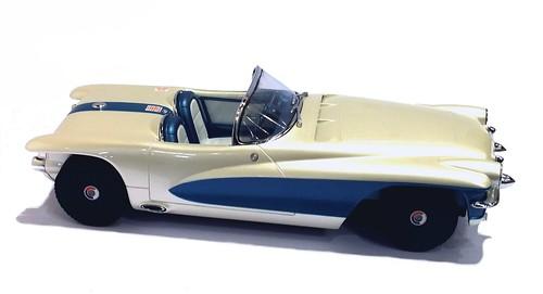 Minichamps Motorama La Salle II 1955