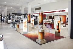 Promotional bubble tubes for Clarins in Selfridges (apollocreative) Tags: bubbletube