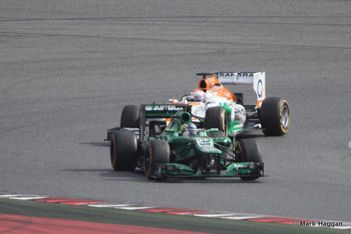 Charles Pic in his Caterham and Paul Di Resta in his Force India at Formula One Winter Testing, 3rd March 2013