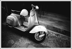 (Yang Ming ing) Tags: road street city light people bw white black lines photography photo vespa sony 28mm taiwan motorcycle taichung  rx100