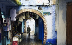 framed (cherry bharati) Tags: city blue morocco chaouen chefchaouen