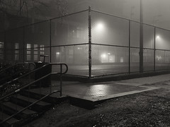 Bike Polo Court, Cal Anderson Park, Seattle (Blinking Charlie) Tags: seattle blackandwhite bw usa fog night blackwhite steps chainlinkfence washingtonstate bikepolo capitolhill tenniscourt pikepine calandersonpark 2013 bobbymorrisplayfield cyclepolo epinestreet broadwaydistrict nagleplace fujifilmx10 bicyclepolocourt