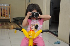 Babah! I wanna be photographer someday (JoniMetal) Tags: baby girl kids children kid babies photographer mybabies