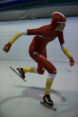 A37W7283 (rieshug 1) Tags: speedskating schaatsen eisschnelllauf skating nkjunioren knsb nkjuniorenallroundafstanden afstanden allround 50010001500massstart demeent alkmaar sportcomplexdemeent juniorenc ladies dames 500m