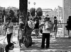 Gitan Jazz (GiannLui) Tags: roma foriimperiali fori orchestrina jazz contrabbasso saxofono fisarmonica zingari