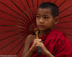 junge_ (madlovelyworld) Tags: sony monk flickr photography red umrella myanmar burma travel child buddhist pagoda art south east asia people posing boy faces buddha culture portrait religion traditional