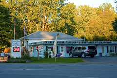 Red Arrow Highway Eatery Sawyer Michigan IMG_7866 (www.cemillerphotography.com) Tags: sand hills westernmichigan harborcountry sawyer marramgrass forest lakemichigan greatlakes wind waves water interdunal wetlands swamps pools ponds plants shoreline freshwater beach foredune linear parabolic transverse landscape sculpted bluff perched blowout backdune erosion bluestem cottonwood lagzone glacial moraine deposit